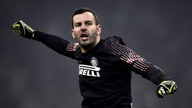 Ханданович повторил рекорд «Интера» по числу матчей в Серии А среди вратарей