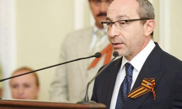 Заразившийся COVID-19 мэр Харькова перенес инсульт и разучился говорить