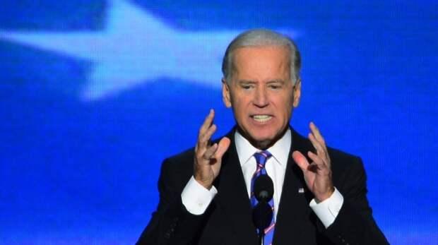 Американцы осудили решение Байдена ввести новые антироссийские санкции