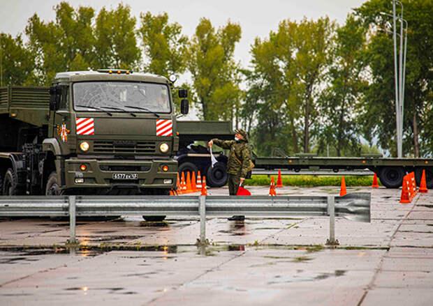 Около 100 военнослужащих общевойсковой армии ЗВО отправились обучаться в учебные центры Минобороны