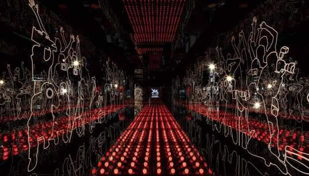 Carpet of Lights в Шанхайском музее кино, разработанный компанией Coordination Asia. \ Фото: jc-exhibition.com.