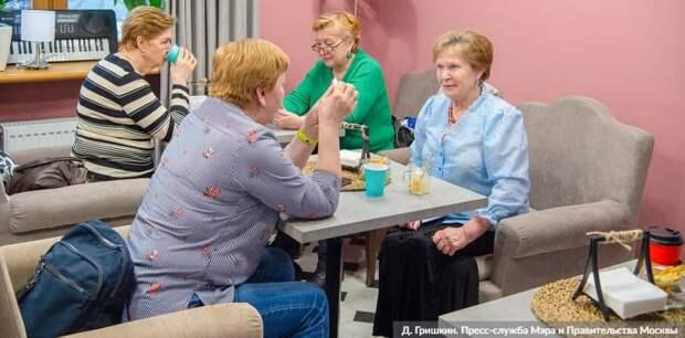Москва гарантирует дополнительный доход пенсионерам в 2021 году