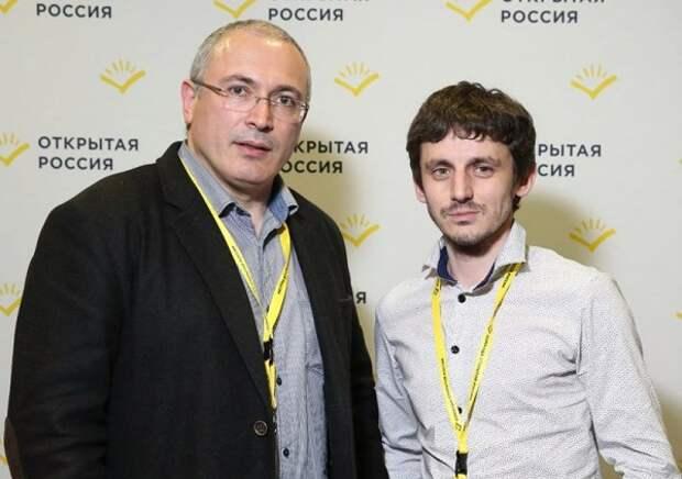 """Липецкий депутат тоже подался в """"политэмигранты"""""""