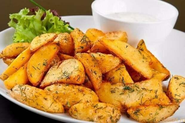В следующий раз приготовлю больше такое вкусное, красивое, горячее блюдо, а то надоела уже мятая или целая картошка…