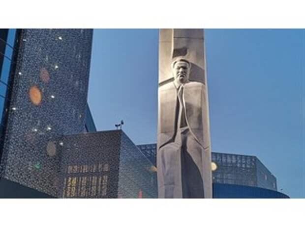 Александр Проханов. От идеологии абсурда — к идеологии Победы