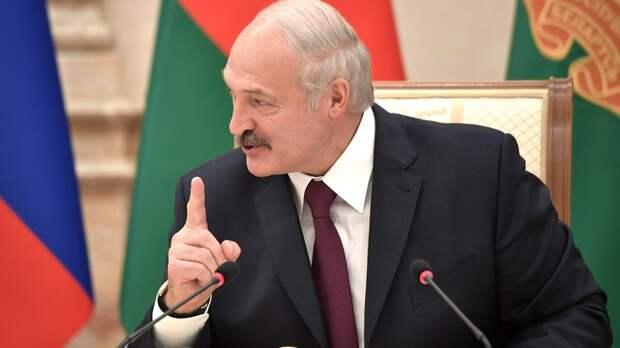 """""""Кто их покусал с Украиной?"""": В Сети удивились """"ультиматумам"""" от Лукашенко"""
