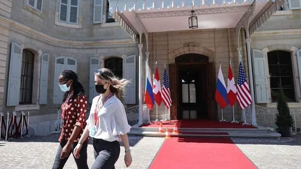 Байден уже в Женеве. Как США и Россия готовятся к саммиту и чего ждут от переговоров президентов?