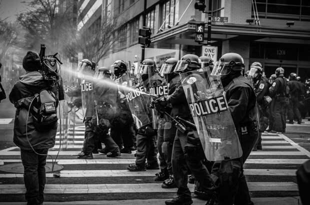 Мировые протесты: обзор за 2020 год и риски для будущего