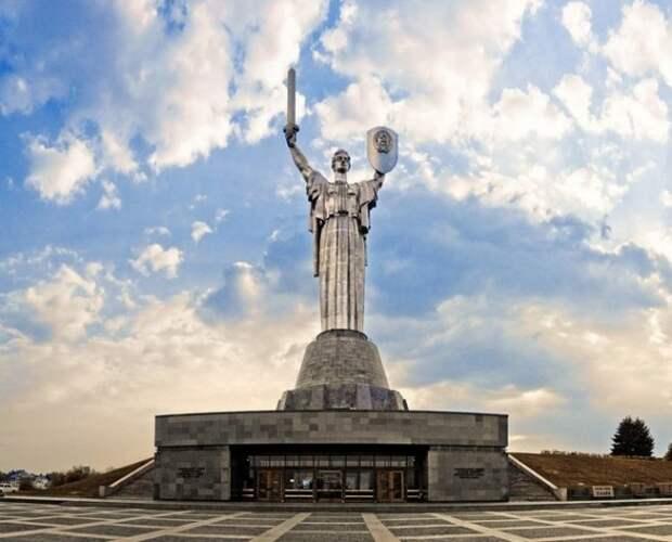 Позорное предательство: народ возмущён инициативой декоммунизировать «Родину-мать» украина, декоммунизация, родина-мать