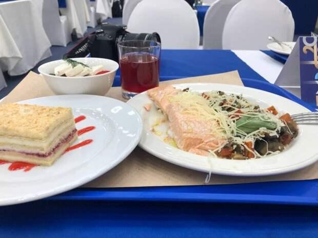 Приятные сюрпризы ПМЭФ: еда, мероприятия, интересные встречи