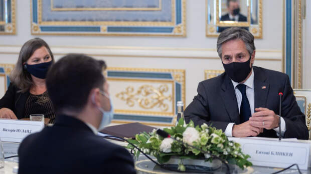 Общественник Муратов сравнил визит Блинкена на Украину с комедией «Ревизор»