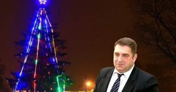 Жители литовского города не позволили мэру снять «советскую» звезду с ёлки