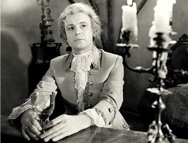 Иннокентий Смоктуновский в роли Моцарта, 1962 | Фото: kino-teatr.ru