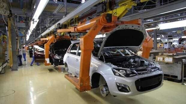 АвтоВАЗ анонсировал выход четырех новых моделей Lada до 2025 года