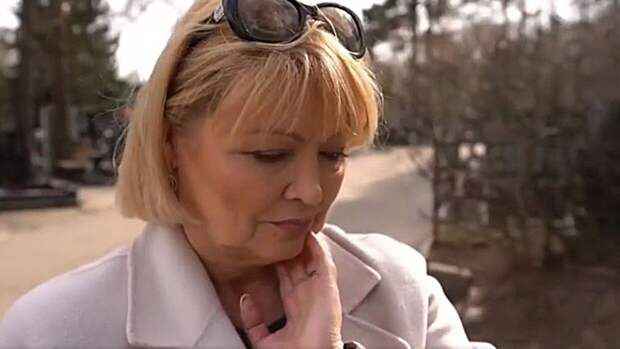 Жена покойного Мартынова назвала первый брак артиста фиктивным