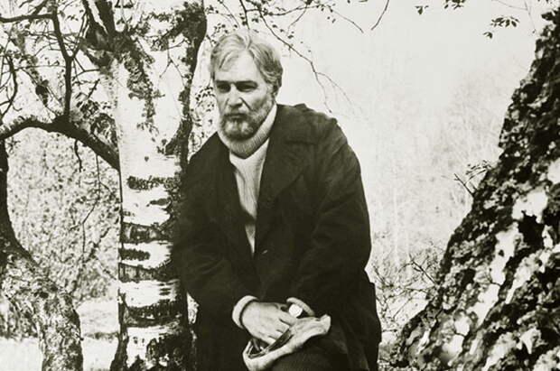 Вячеслав Тихонов в фильме «Белый Бим Чёрное ухо», 1976 год