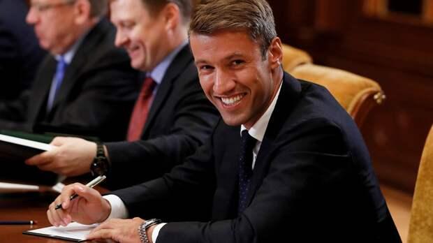 «Локомотив» ведет переговоры с ЦСКА по нескольким футболистам