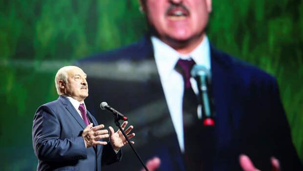 Лукашенко призвал оппозицию прекратить противостояние в стране