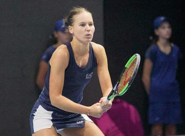 Соболенко в финале турнира в Абу-Даби обыграла Кудерметову, завоевав третий титул подряд. Вероника поднялась на 10 ступеней в рейтинге