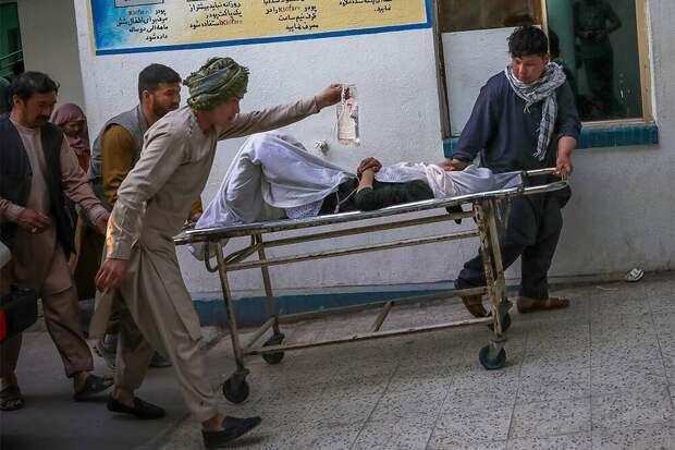 Десятки школьниц погибли при взрывах в Кабуле