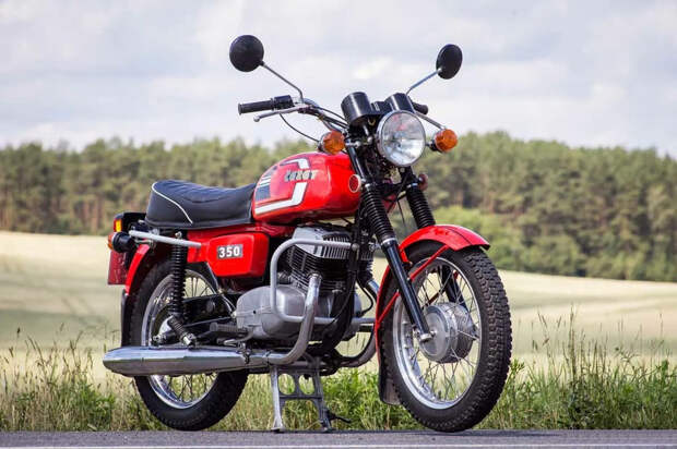 Самые популярные мотоциклы из социалистических стран