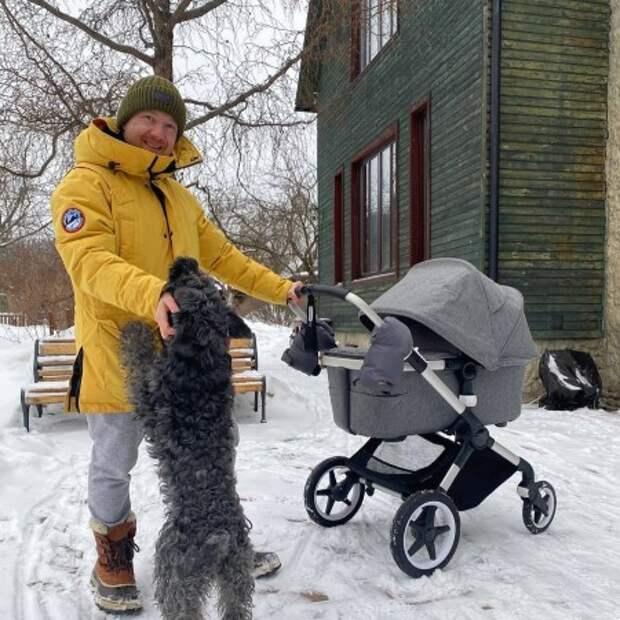 Евгений Стычкин и Ольга Сутулова впервые вышли в свет после рождения сына