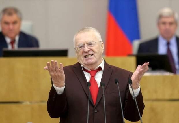 Жириновский выступил с идеей внести КПРФ в список антигосударственных объединений