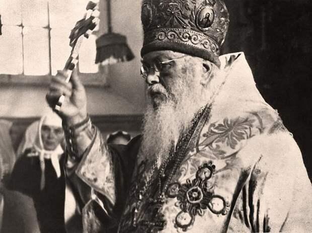 Святой архиепископ Лука: священник, хирург и спаситель человеческих жизней