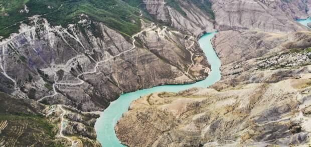 Дагестан: «Каспийский монстр» и горные крепости
