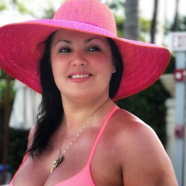 «Богиня любви»: новый снимок Анны Нетребко в купальнике подорвал Сеть