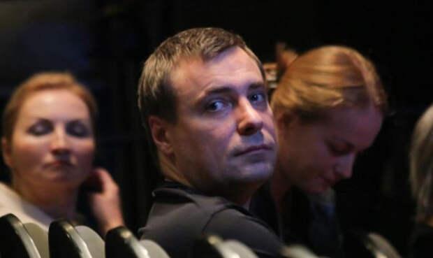 Актер Евгений Цыганов честно рассказал о воспитании восьми детей