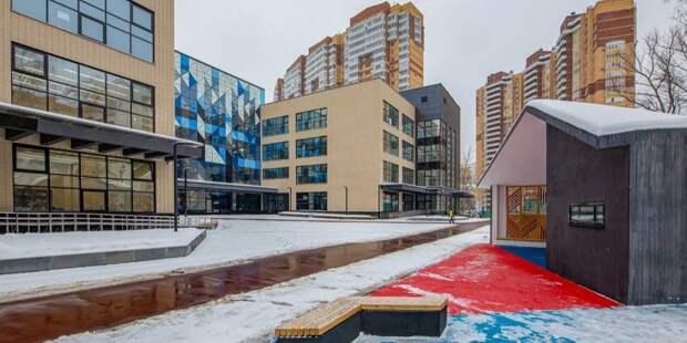 В Левобережном завершилось строительство школы-гиганта