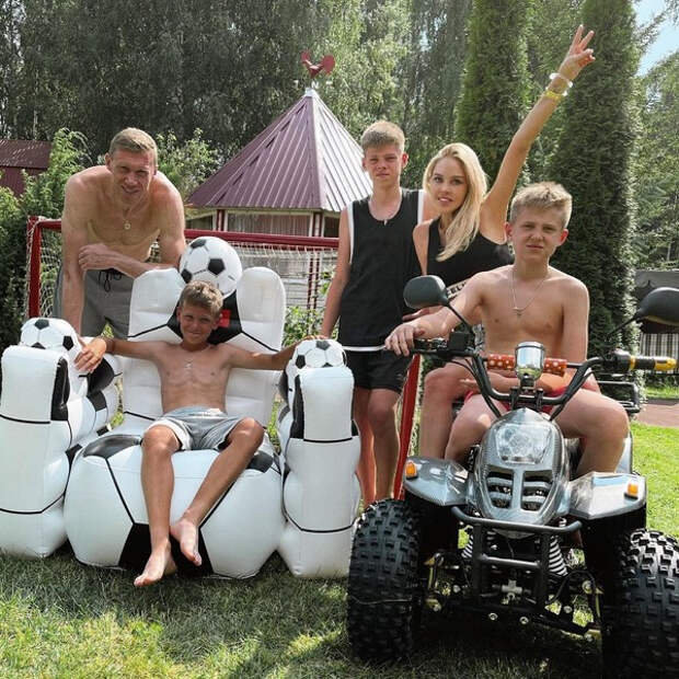 Мария Погребняк о своих доходах и скандале Ольги Бузовой с «ДОМом-2»