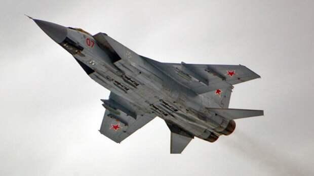 Sohu: России удалось улучшить истребитель МиГ-31 для борьбы с гиперзвуковыми ракетами