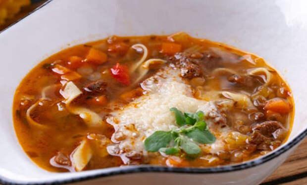 Варим чечевицу как солянку и получаем наваристый пряный суп