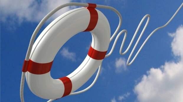 Смоленские спасатели вытащили из озера двух тонущих шестилетних детей