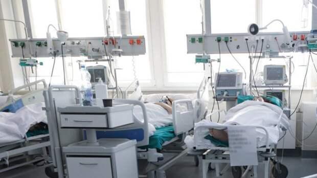 В Петербурге назвали количество больных COVID-19 в тяжелой форме