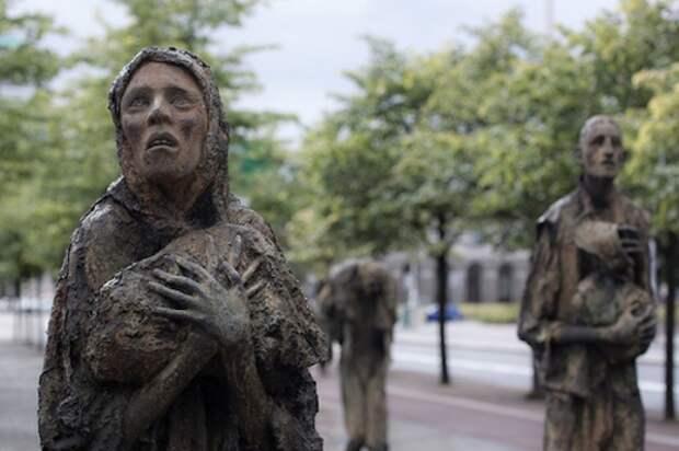 Мемориал погибшим от голода вДублине.