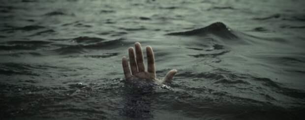 Под Симферополем в ставке утонул мужчина