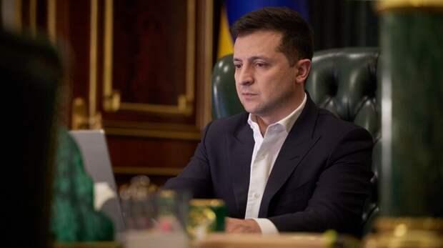 Турки назвали Зеленского «сумасшедшим» за слова о войне с Россией