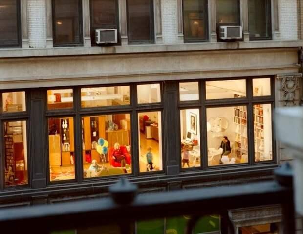 Почему в Швеции не вешают на окна шторы