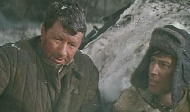 Аты-баты, шли солдаты... (1976)