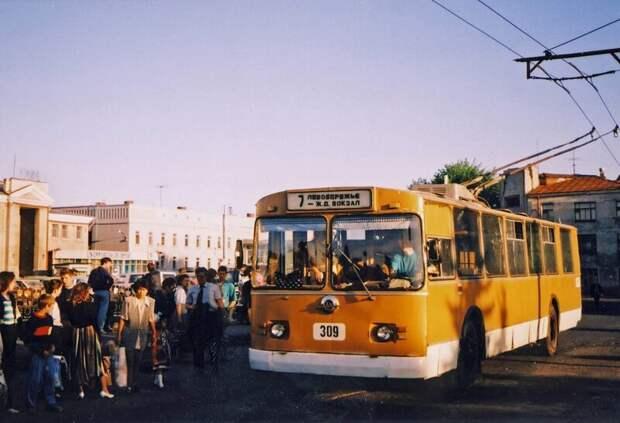 Провинциальные девяностые 90-е, город, девяностые, история, провинция, эстетика