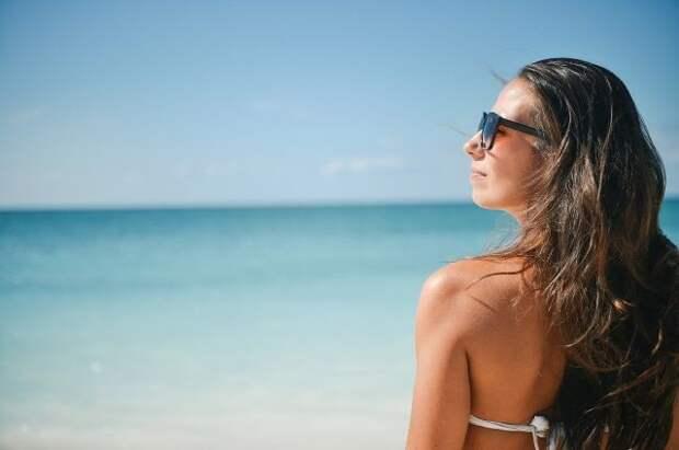 Врач-офтальмолог рассказал, от чего не уберегут солнцезащитные очки