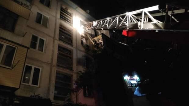 Пять человек погибли на пожаре в панельной пятиэтажке в Махачкале