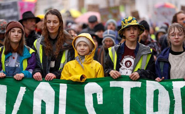Грета Тунберг призвала подростков включиться в борьбу за климат