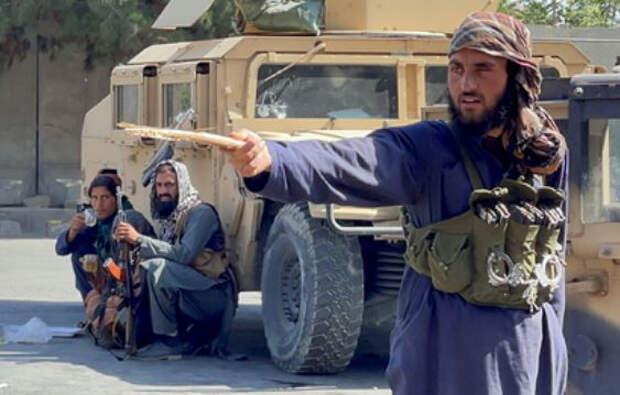 Талибы прокомментировали уход войск США из Афганистана