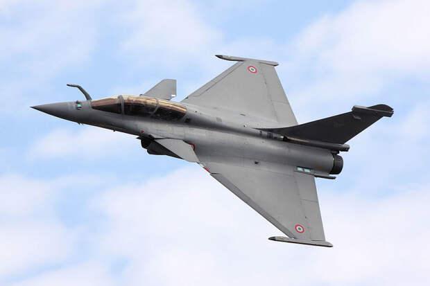 Франция предложила Украине заменить МиГи на истребители Rafale