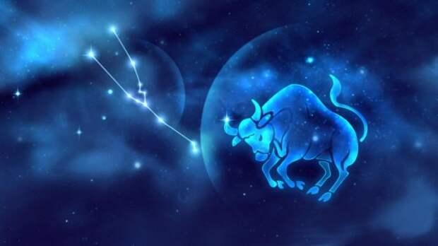 Чтение Таро на одну карту для всех знаков зодиака 19 мая 2021 года