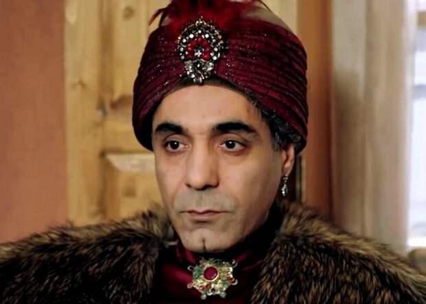 Евнух Хаджи Мустафа Ага (кадр из сериала «Великолепный век»)./ Фото: amorserial.ru